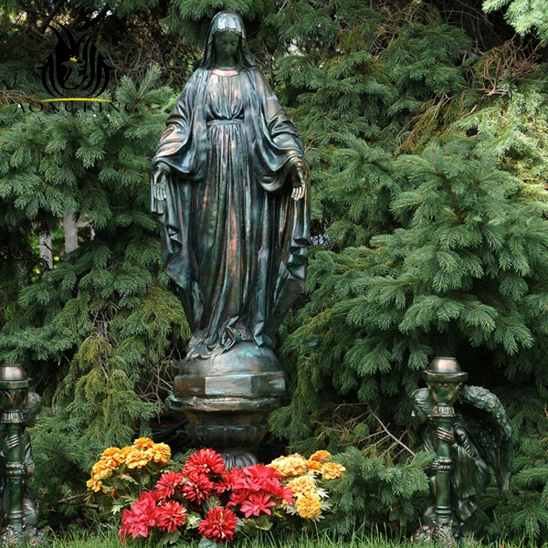 blessed mary statue