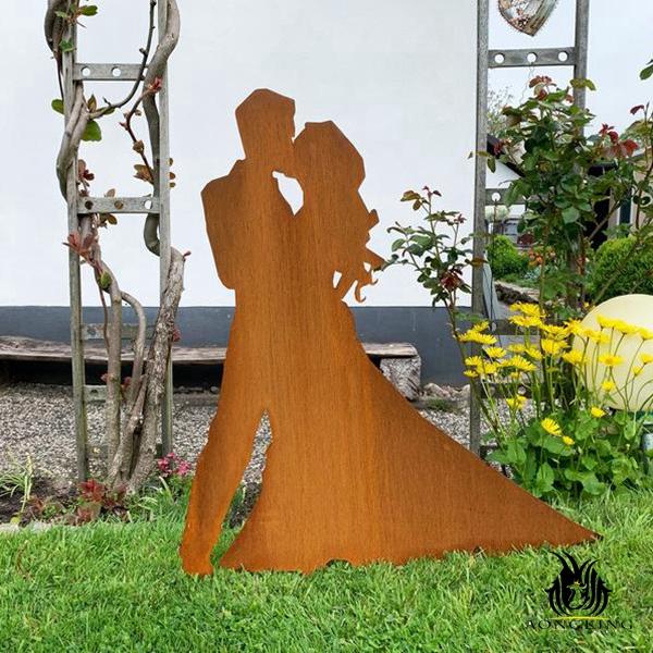 lover corten steel sculpture