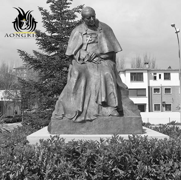 jesus saint statue