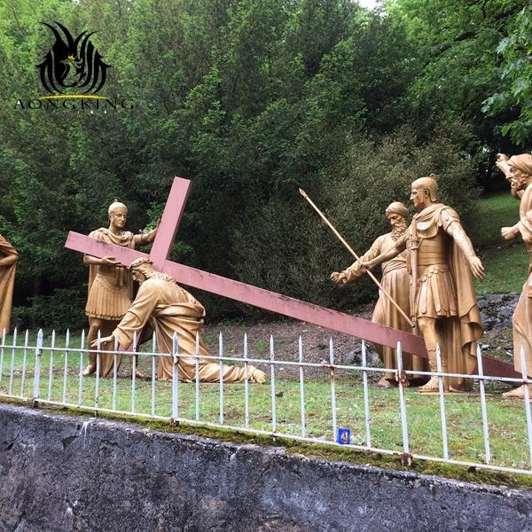 cross saints sculpture