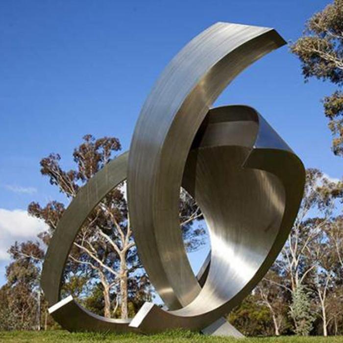strange-looking sculpture