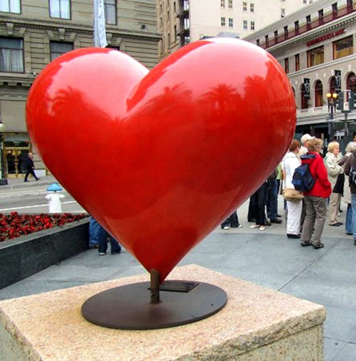 red heart shape statue