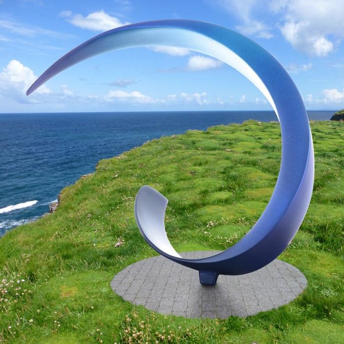 curvature mirror sculpture