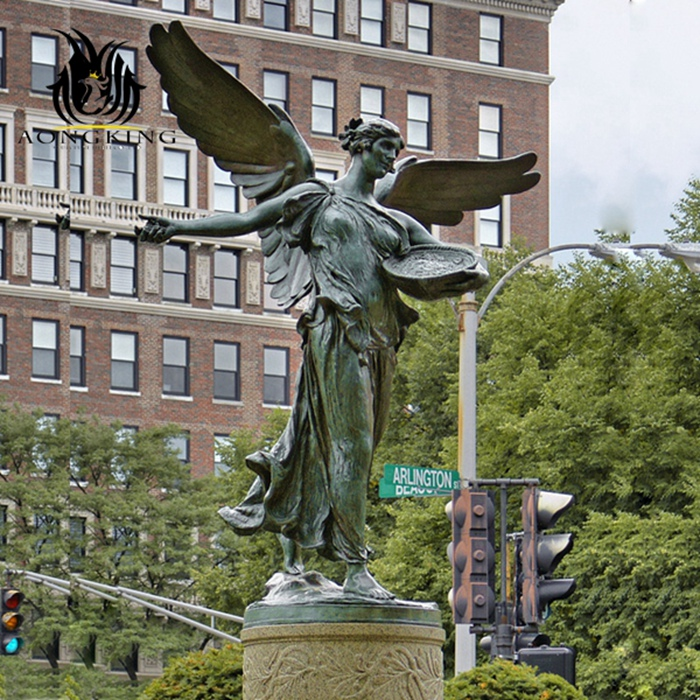 angel statue fountain