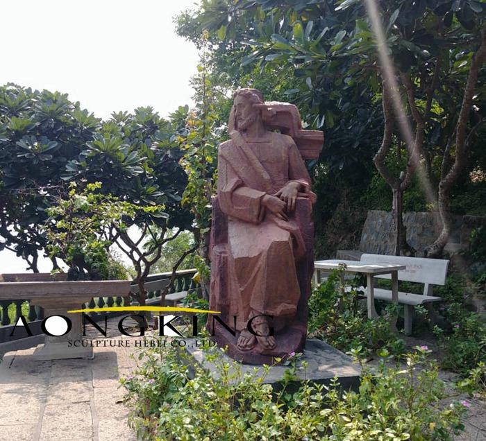 God monument statue