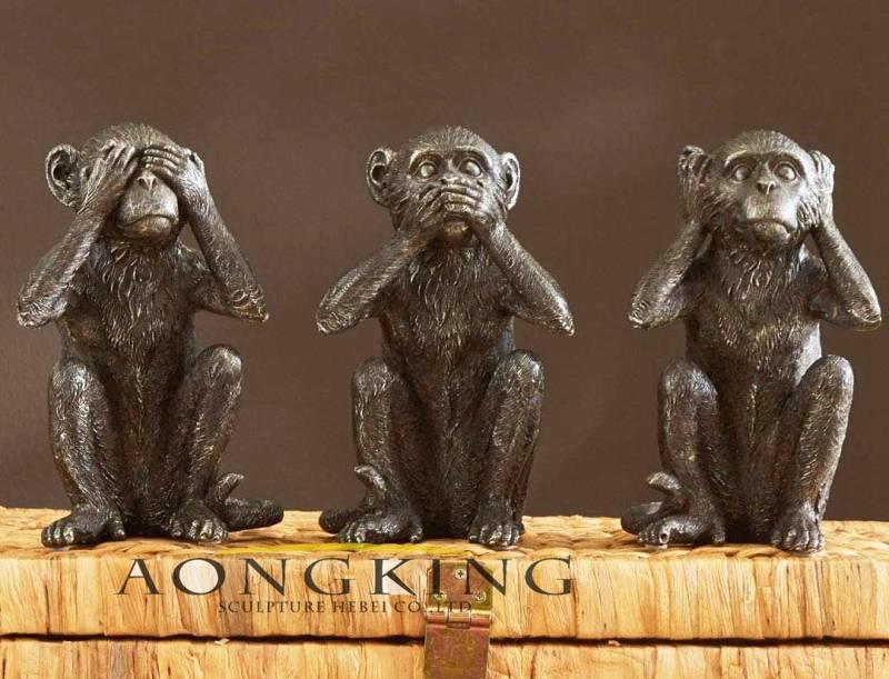 Three monkeys sculpture for attachment garden