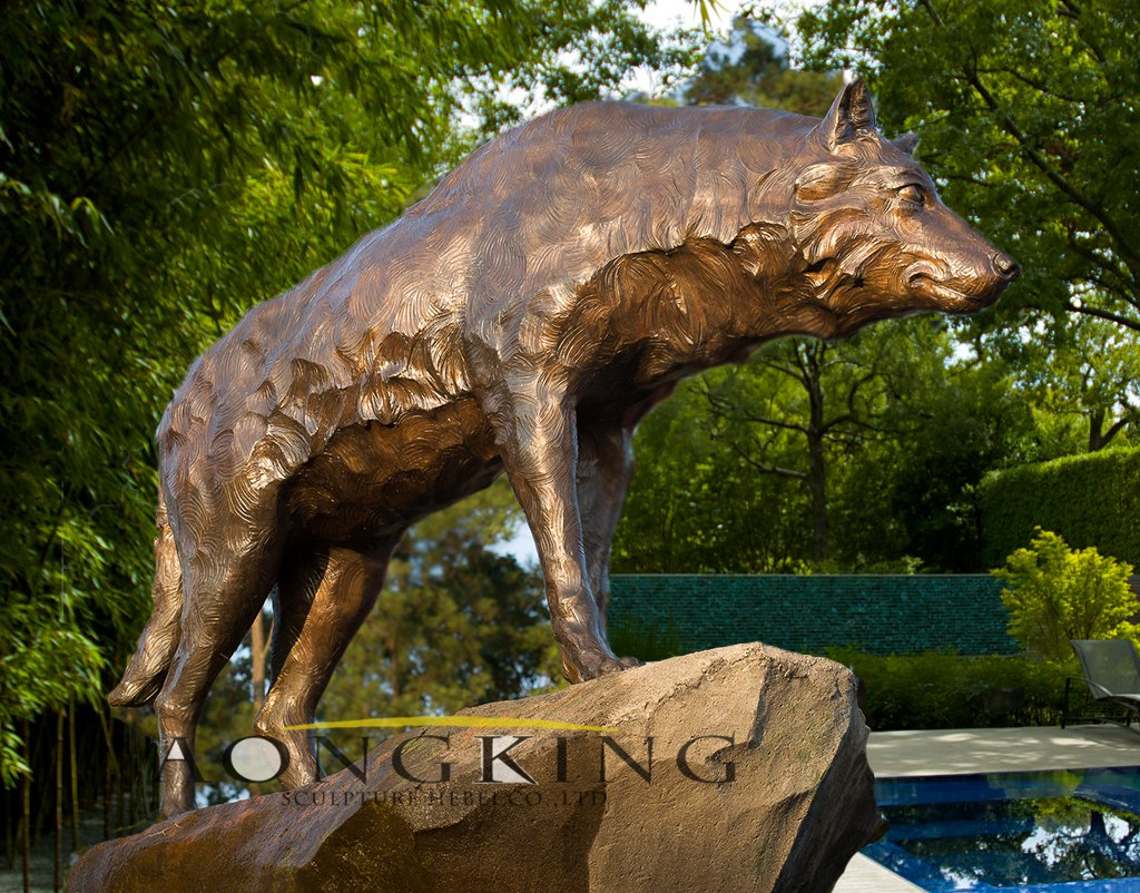 Wolf statues for sale