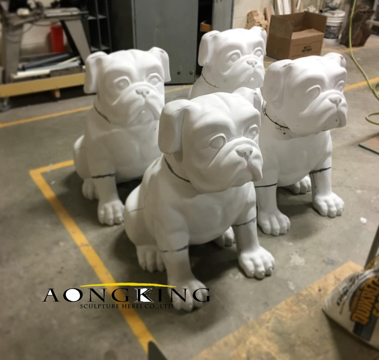 Statue of bulldog