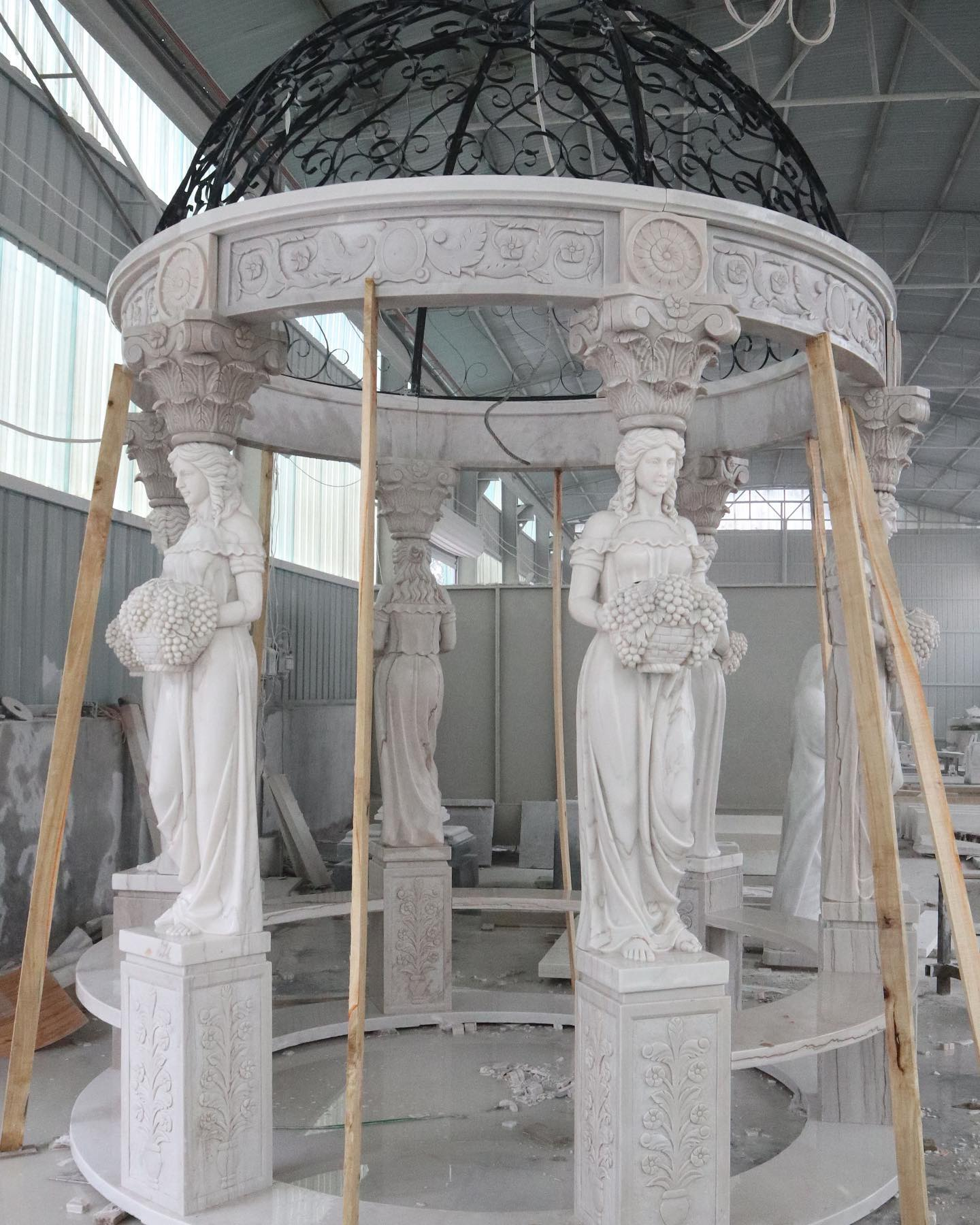 Pavilion sculpture