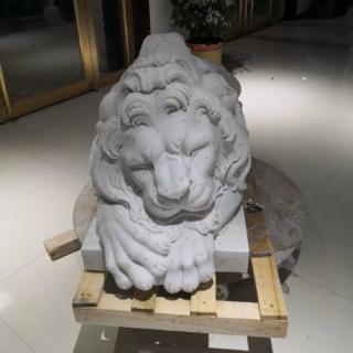 Lion statues stone