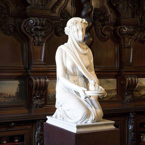 Veiled Vestal statue
