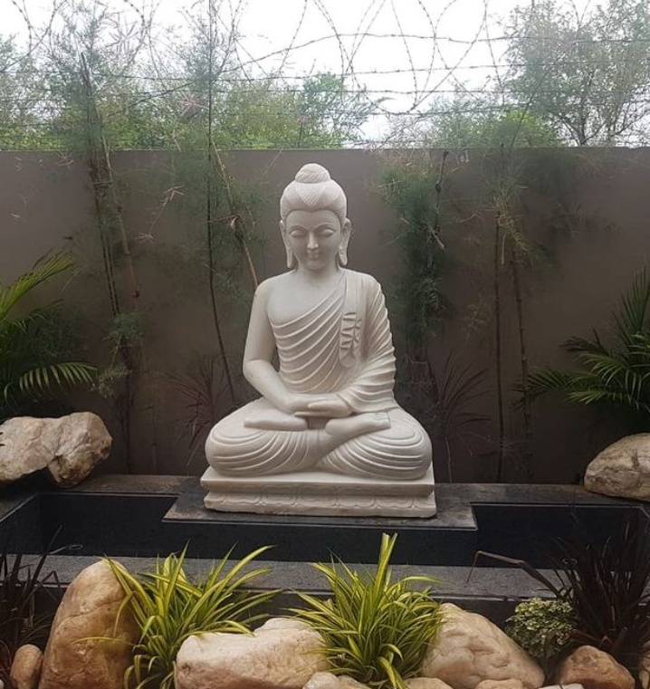 garden buddha stone statue