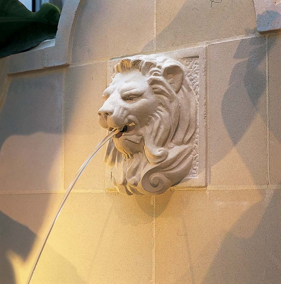 lion head water feature stone