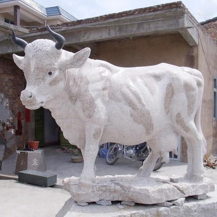 marble bull statue (1)