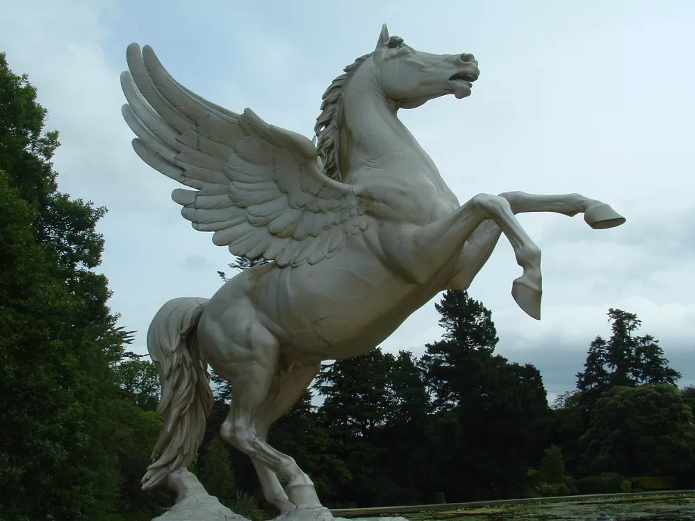 life size horse statues