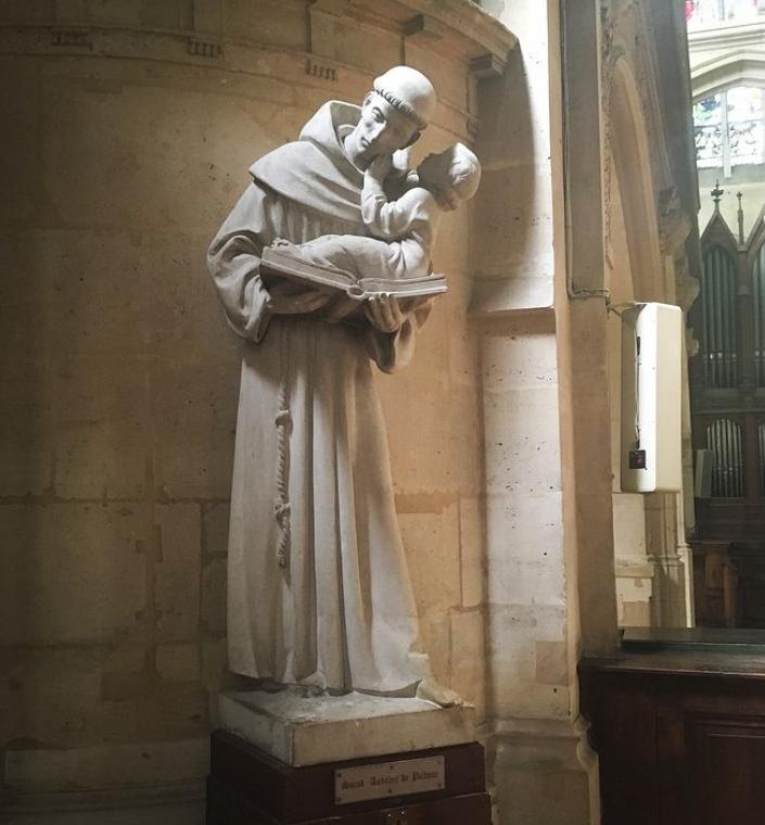 Saint Antoine sculpture with baby jesus2