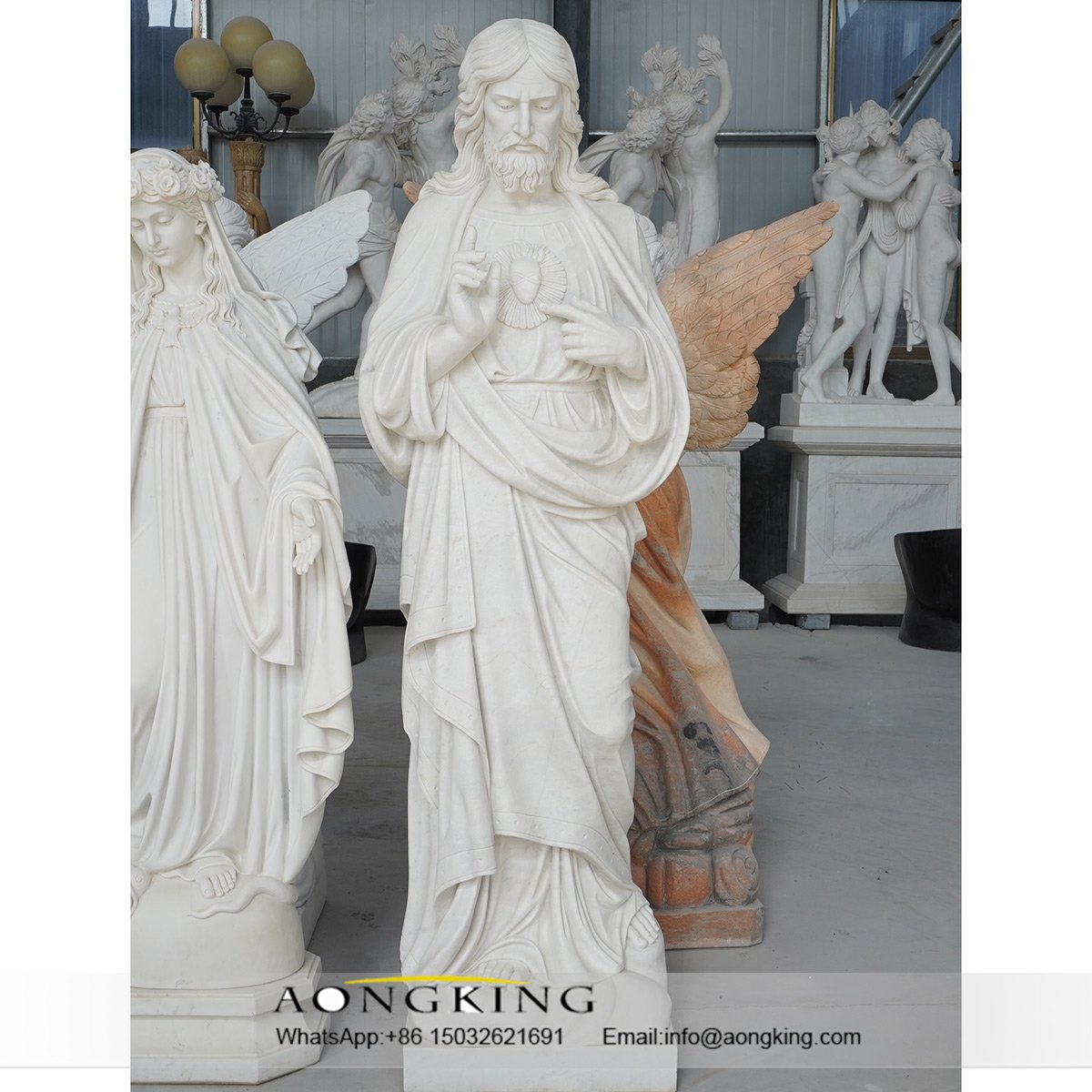 jesus sacred heart statue