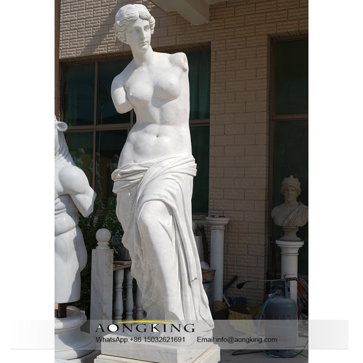 most famous marble statues